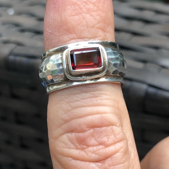 925 Hammered Silver Band with Garnet